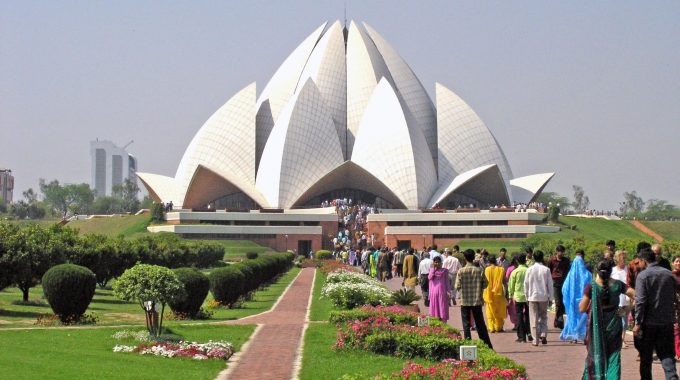10 Places To Visit When Touring India
